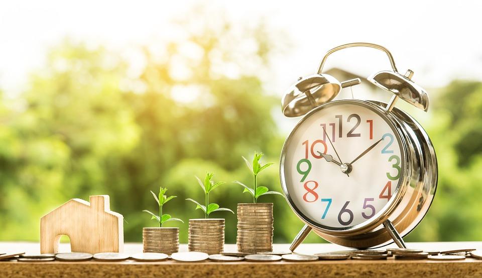 SEO website là giải pháp marketing online giúp tiết kiệm chi phí, hiệu quả lâu dài.