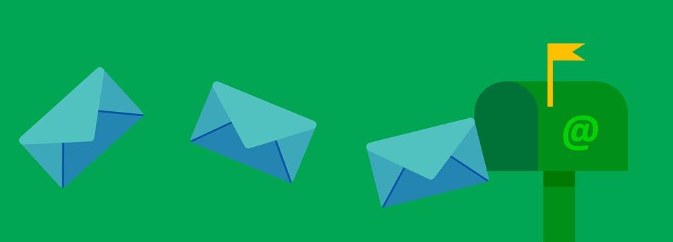 Sử dụng Email Marketing giúp tăng traffic cho website.